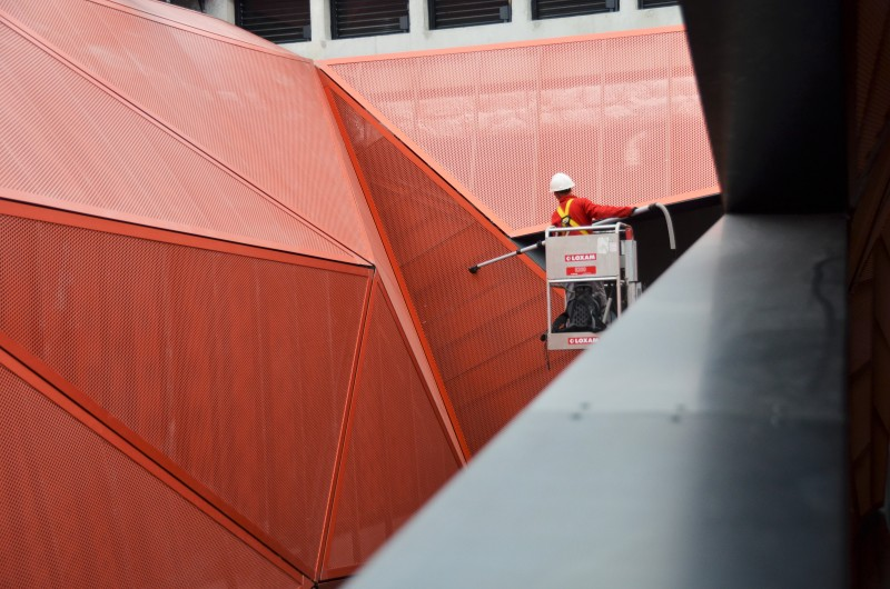 Nettoyage en hauteur structures metalliques